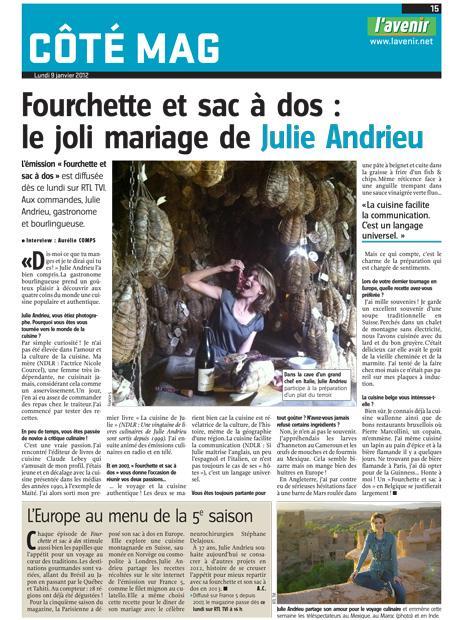 Fourchette et sac à dos: le joli mariage de Julie Andrieu